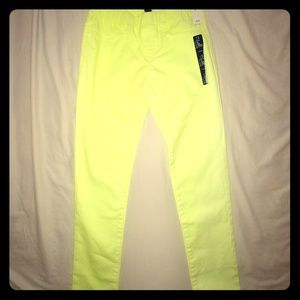 NWT GAP Girls Neon yellow/lime chinos. Size 14